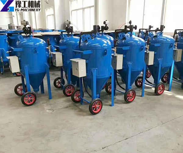 factory direct sale sand blasting machine price