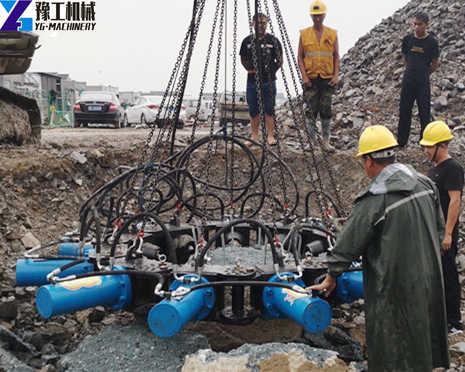 YG Hydraulic Pile Breaker Machine Construction Site